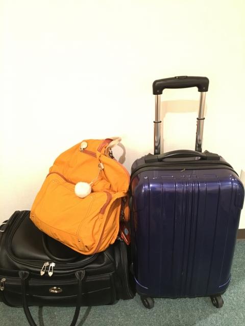 ボストンバッグの見た目でキャリー付きトロリーバックを購入使用した感想