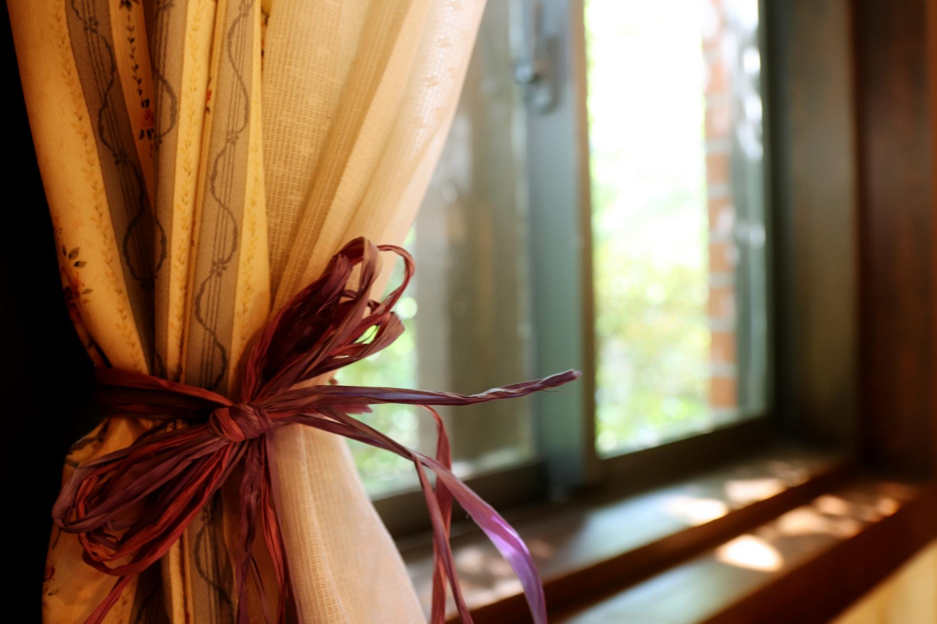 高そうに見える!我が家で使っているカーテンのタッセル