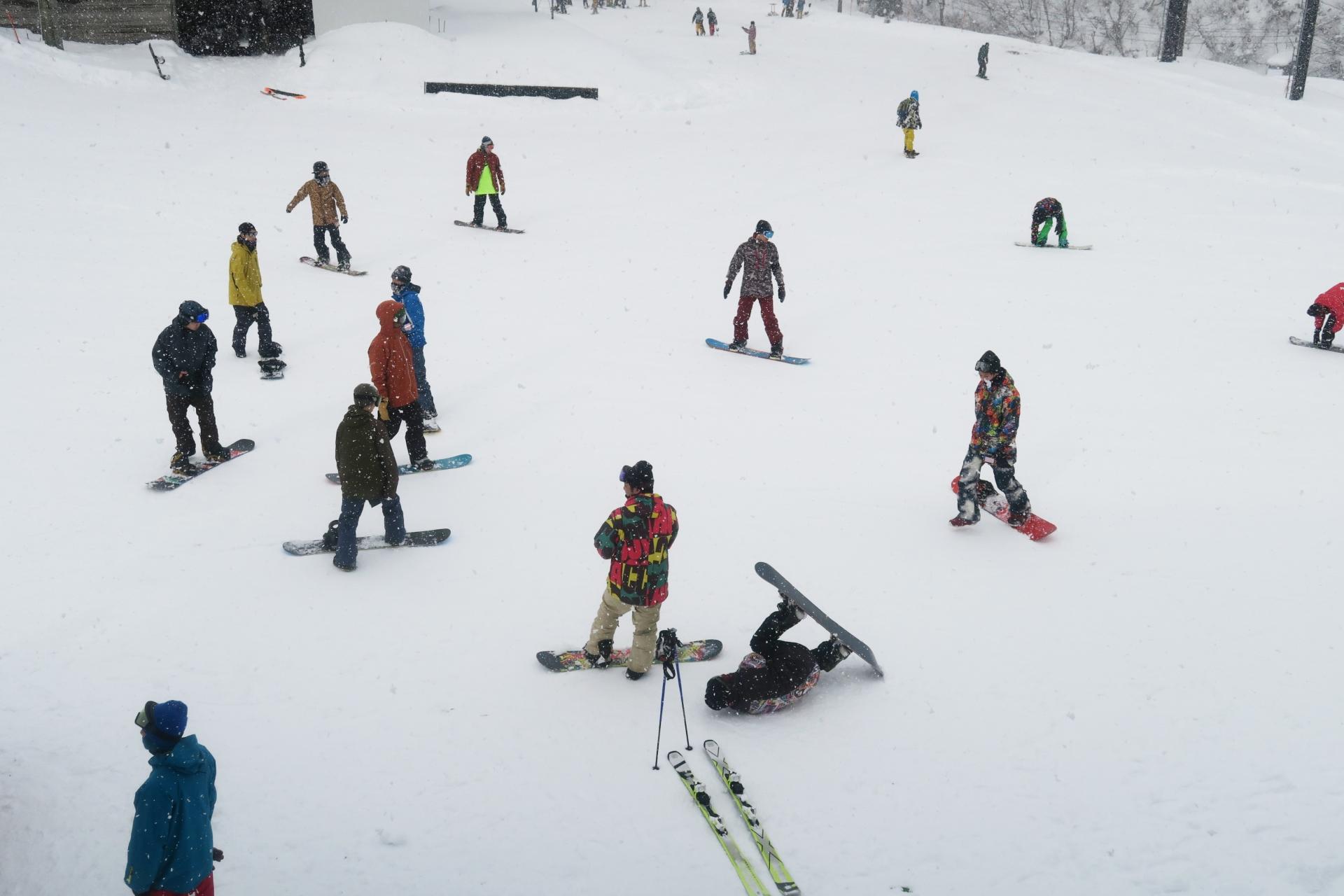 SLQゴアテックスのスキーグローブをヒマラヤスポーツで買ってみた