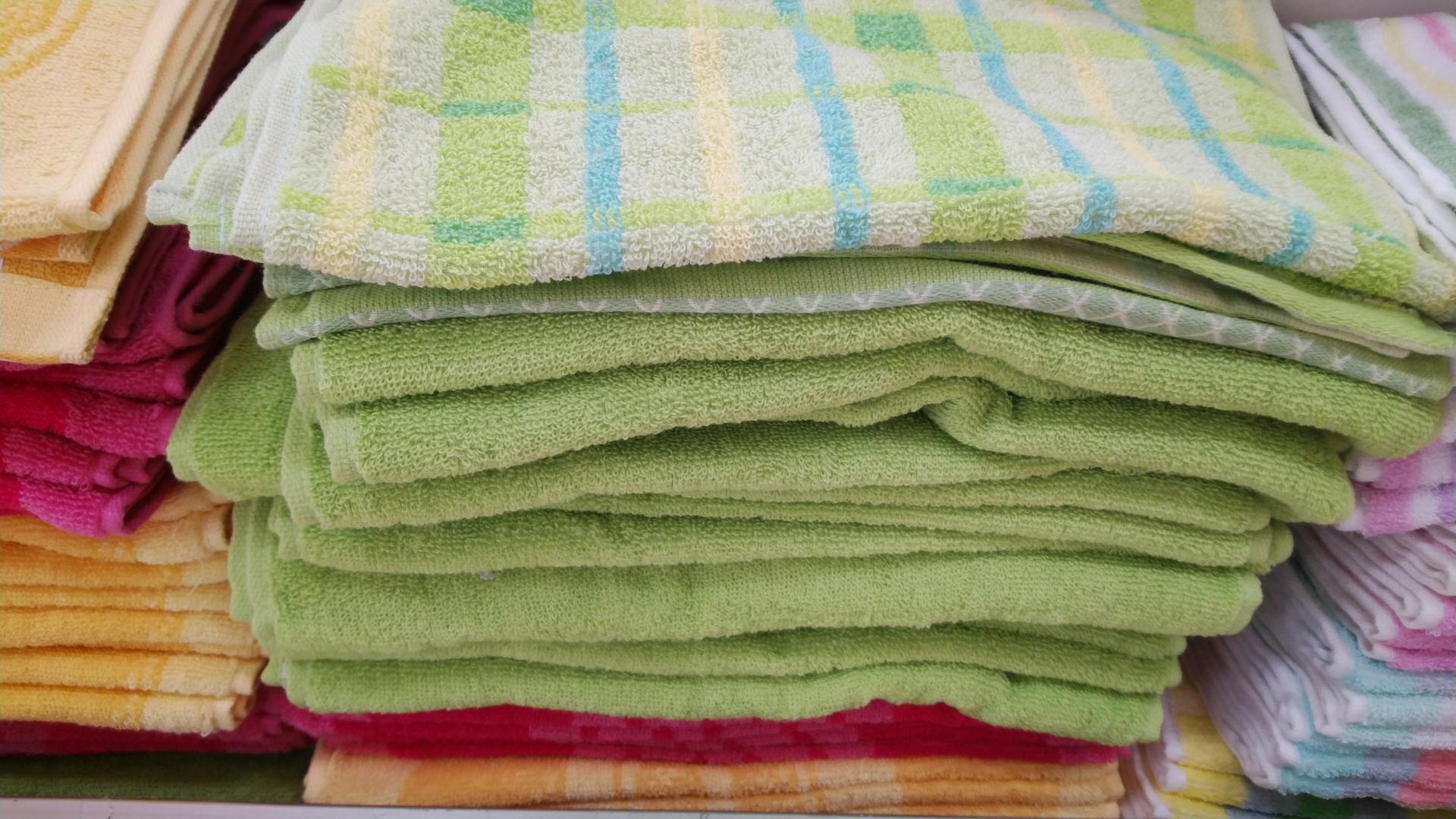 フェイスタオルが安いお店で大量購入!浴室回りの模様替えで2色選べる